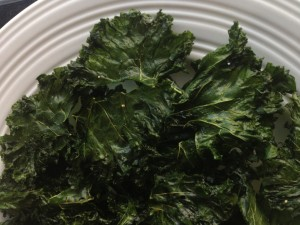 Kale chips, plate